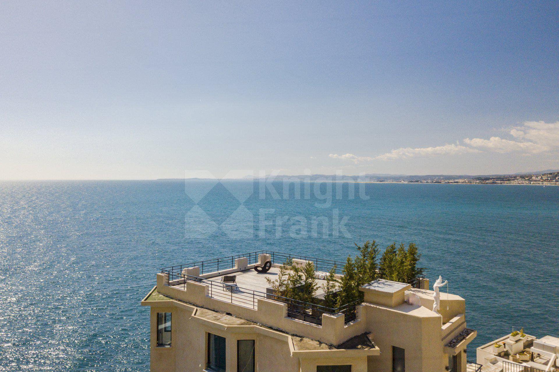 Luxury property sea view